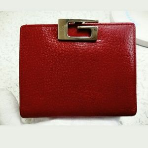 Auth Gucci VTG red leather wallet